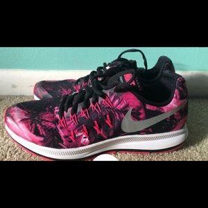 Nike Zoom Pegasus 33 6.5Y